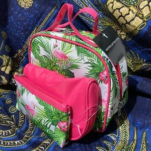 Models Prefer travel set beauty and cosmetics bags